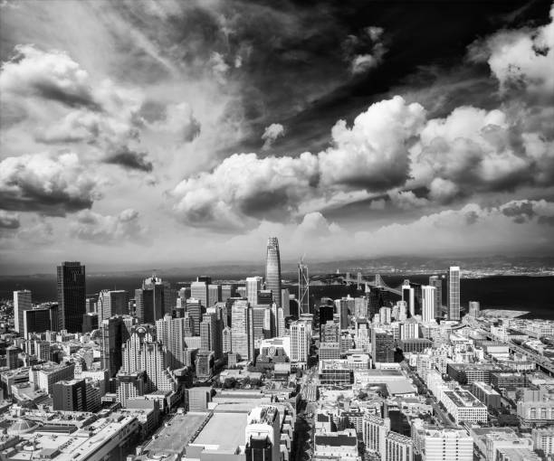 SAN FRANCISCO - AUGUST 2017: Aerial view of Downtown San Francisco skyline. The city hosts 25 million people annually SAN FRANCISCO - AUGUST 2017: Aerial view of Downtown San Francisco skyline. The city hosts 25 million people annually. annually stock pictures, royalty-free photos & images