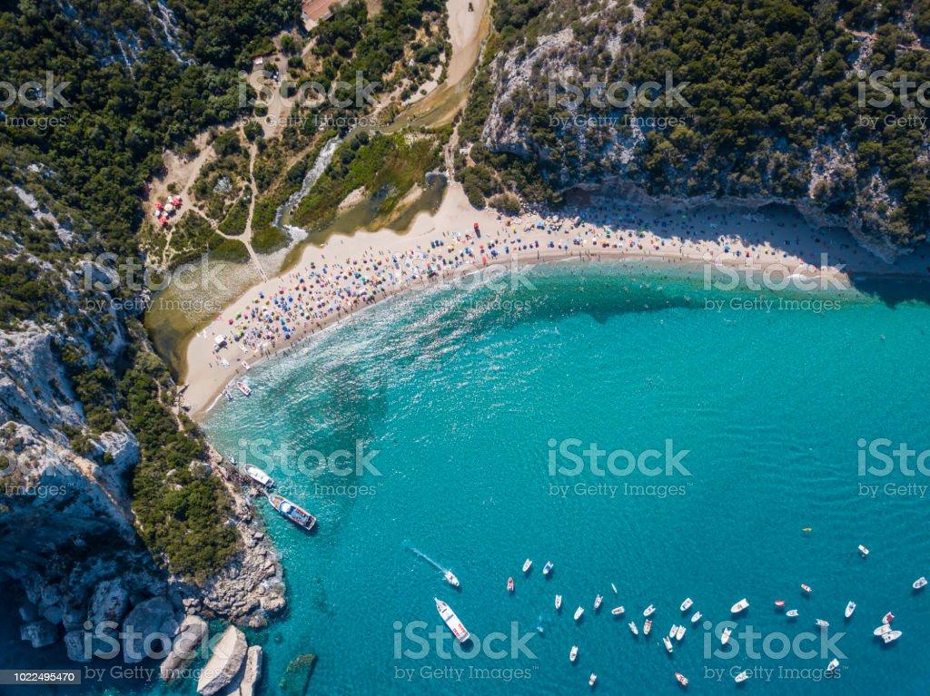 Luftaufnahme des berühmten Cala Luna Strand, Sardinien – Foto