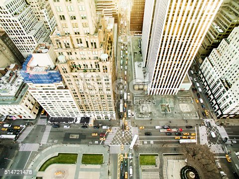 507831914 istock photo Aerial view of fifth avenue 514721478