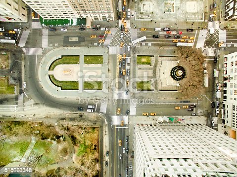 507831914 istock photo Aerial view of fifth avenue 515263348