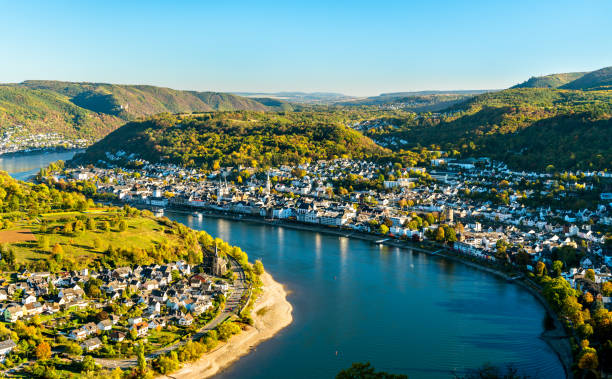 Aerial view of Filsen and Boppard towns with the Rhine in Germany Aerial view of Filsen and Boppard towns with the Rhine river in Germany ravine stock pictures, royalty-free photos & images