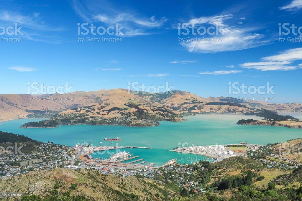 Luftaufnahme von Lyttelton Port von der Spitze des Christchurch Gondelstation am Port Hills. – Foto