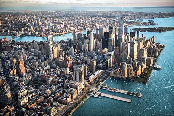 aerial view of manhattan island - nova york - fotografias e filmes do acervo