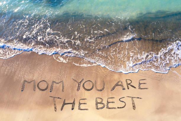 Luftaufnahme der Muttertagsfeier am Strand – Foto