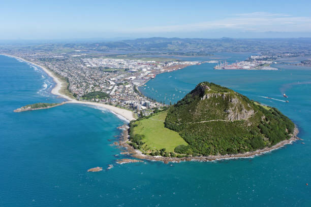 Aerial view of mt maunganui north island new zealand picture id647477982?b=1&k=6&m=647477982&s=612x612&w=0&h=w9scgam1qvr8ybgnhajv5lvgj9iaf9 rv2cb79eozqe=