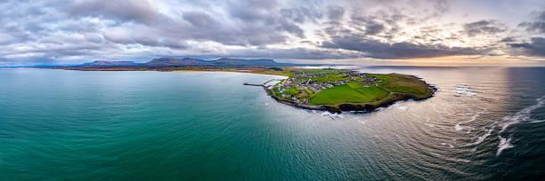 Luftaufnahme von Mullaghmore Head - Signature Point of the Wild Atlantic Way, County Sligo, Irland – Foto
