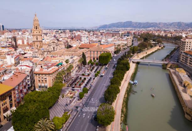 Luftaufnahme des Stadtbildes von Murcia – Foto