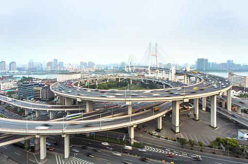 Vista Aérea De Nanpu Puente En Shanghai China Foto de stock y más banco de imágenes de Aire libre