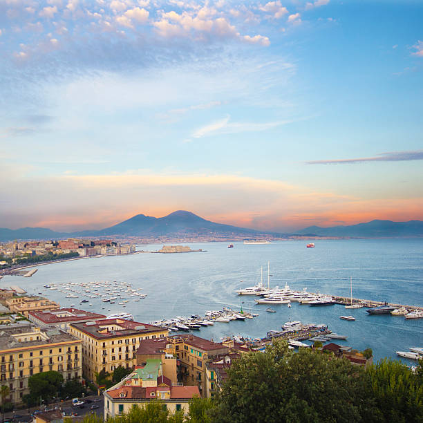 neapel, italien - neapel stock-fotos und bilder