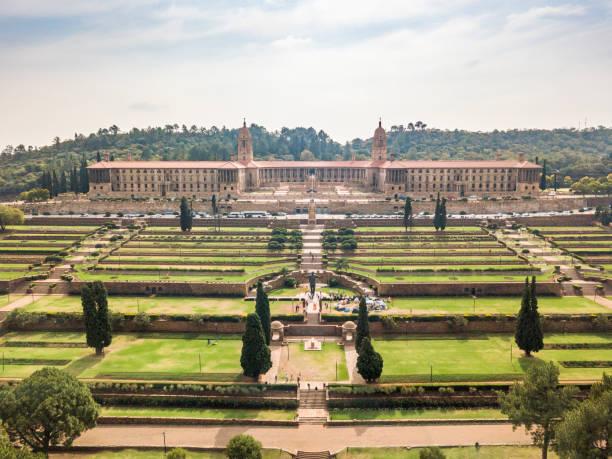 Luftaufnahme von Nelson Mandela Garden and Union Buildings, Pretoria, Südafrika – Foto