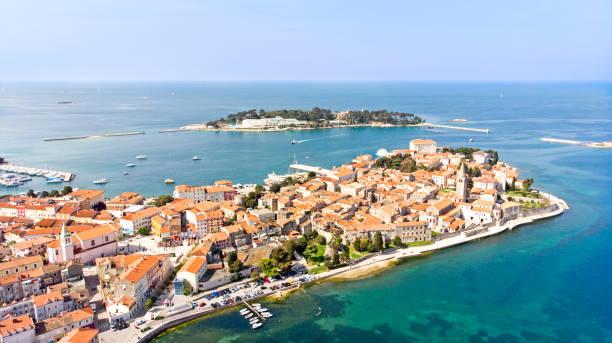 Luftaufnahme der Altstadt Porec, Istrien, Kroatien – Foto