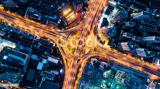 istock Aerial view of overpass at night 685443492