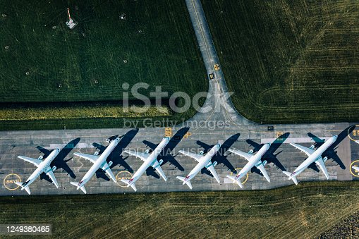 A long line of parked airplanes at Dübendorf Airport from the air. The Swiss airline industry was hit hard by the coronavirus crisis.