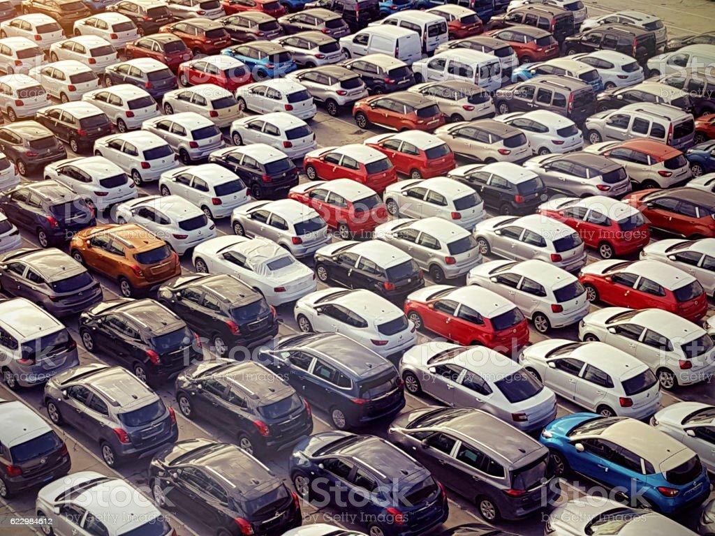 Vista aérea de carros estacionados - foto de acervo