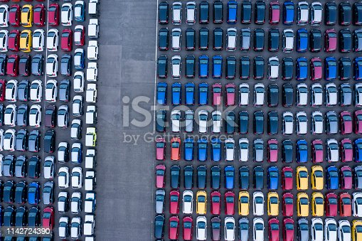 1142724396 istock photo Aerial View of parking 1142724390