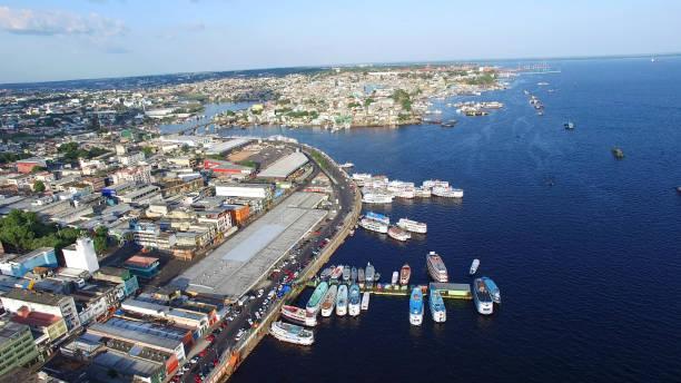 Vista aérea del puerto de Manaus, Amazonas Brasil - foto de stock