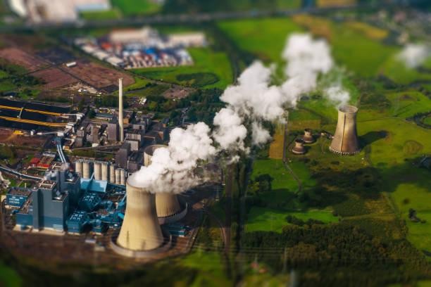 luftaufnahme des kraftwerks. - aerial view soil germany stock-fotos und bilder