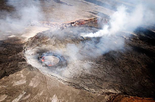 widok z lotu ptaka z pu'u o'o krater, czerwca 2012 r. - wulkan czynny zdjęcia i obrazy z banku zdjęć