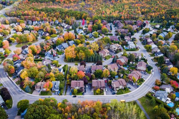 Luftaufnahme der Wohnviertel in Herbstsaison in Montreal, Quebec, Kanada – Foto