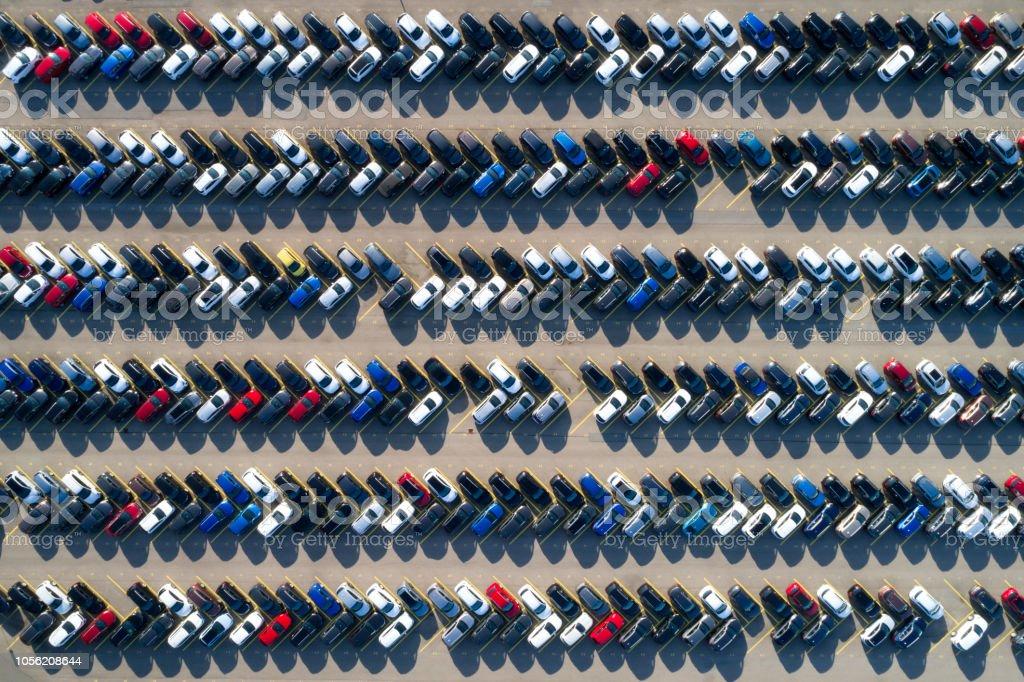 Luftaufnahme von Reihen von Autos – Foto
