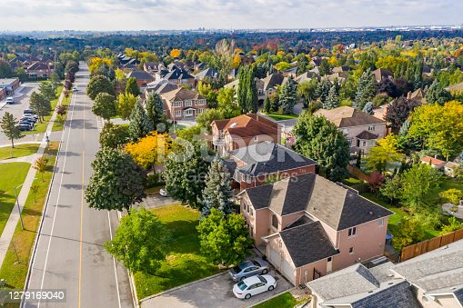 istock Aerial view of Rutherford road and Islington Ave., detached and duplex house at Woodbridge in Vaughan, Ontario, Canada 1279169040