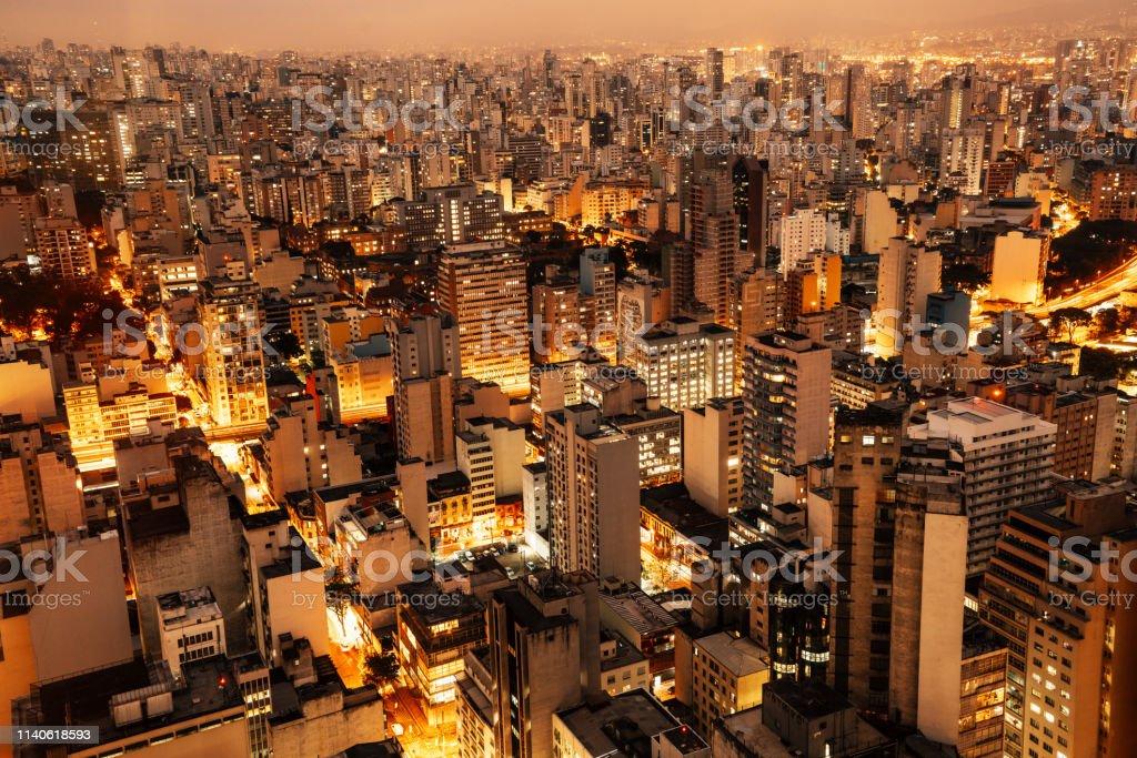 Luftaufnahme von Sao Paulo, Brasilien bei Nacht - Lizenzfrei Alt Stock-Foto