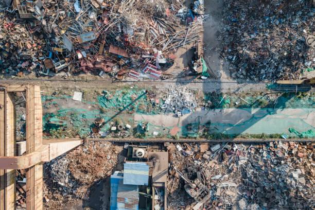 Luftaufnahme der Recyclinganlage aus Schrott – Foto