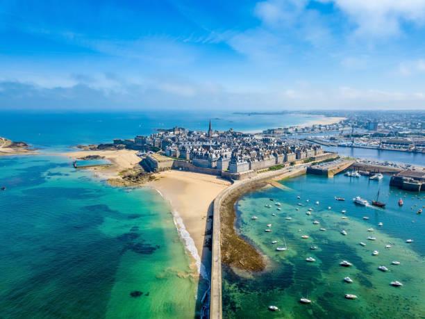 Luftbild von der schönen Stadt Freibeuter - Saint Malo in der Bretagne, Frankreich – Foto