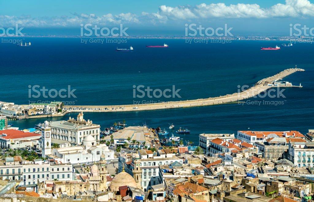 Vue aérienne du centre ville d'Alger en Algérie - Photo