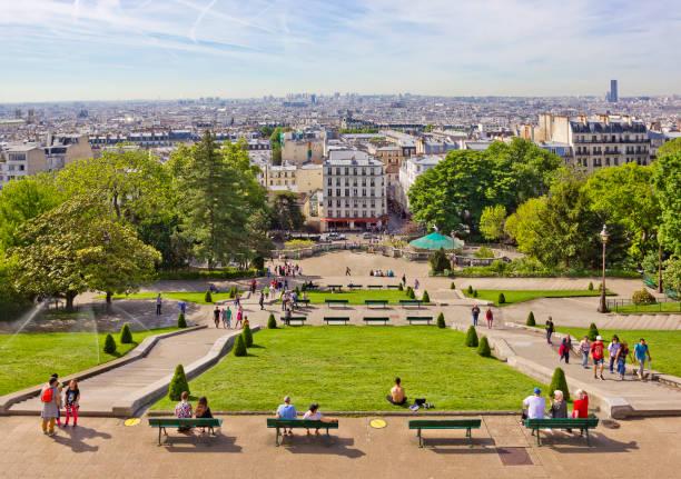 flygfoto över staden från montmartre-kullen i paris, frankrike - montmatre utsikt bildbanksfoton och bilder