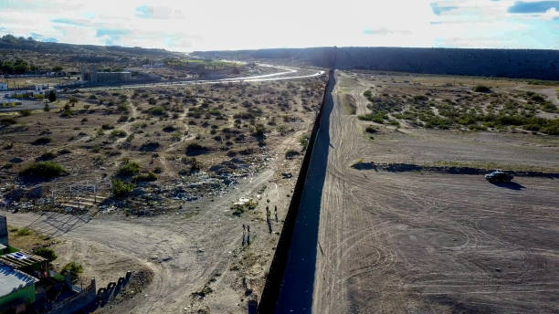 Aerial View of the International Border between New Mexico and Chihuahua State Aerial View of the International Border between New Mexico and Chihuahua State deportation stock pictures, royalty-free photos & images