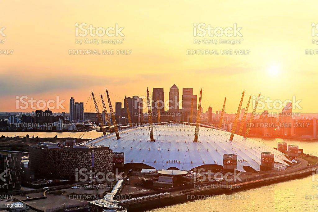 Luftbild des Millennium Dome bei Sonnenuntergang – Foto