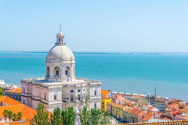 widok z lotu ptaka na panteon narodowy w lizbonie, portugalia - lizbona zdjęcia i obrazy z banku zdjęć