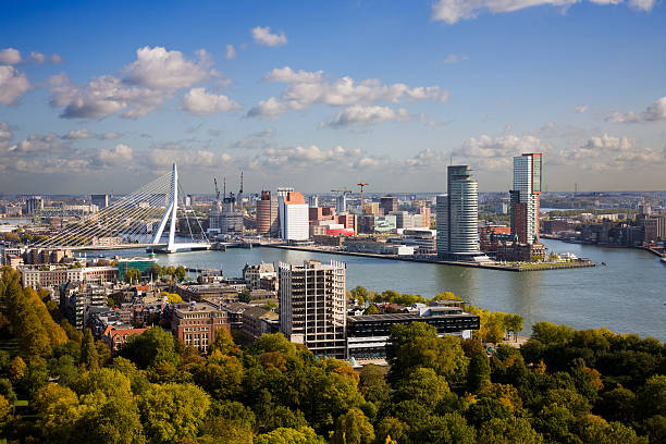 Aerial view of the Rotterdam skyline foto