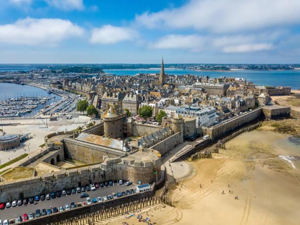 Luftaufnahme von Saint Malo, Stadt der Freibeuter - in der Bretagne, Frankreich – Foto