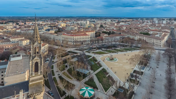 aerial view of the square in the center of nimes - rome road central view foto e immagini stock