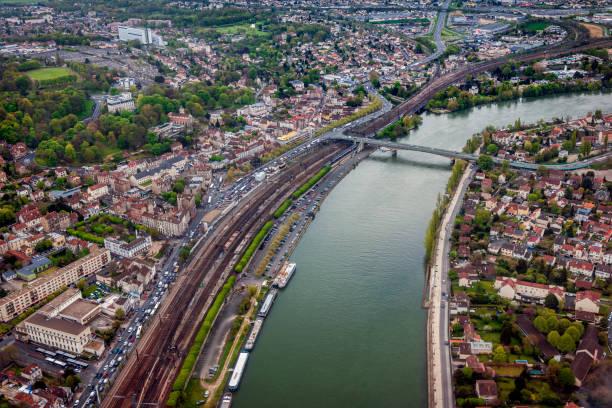 Aerial View of the suburbs, Paris, Aéroport d'Orly, France Aerial View of the suburbs, Paris, Aéroport d'Orly, France ile de france stock pictures, royalty-free photos & images