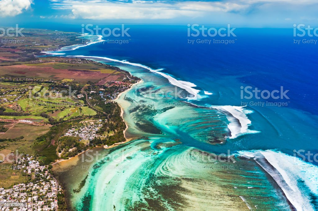 Aerial view of the underwater channel. Mauritius – Foto