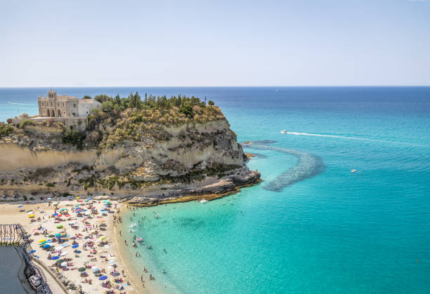 aerial view of tropea beach and santa maria dell'isola, church - tropea, calabria, italy - foto di tropea foto e immagini stock