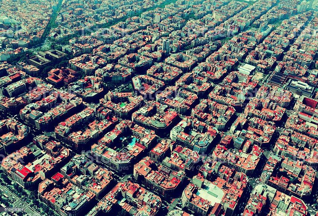 Vista aérea de las típicas edificios en Eixample. Barcelona - foto de stock