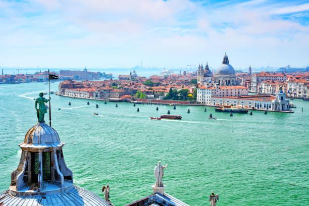vista aérea de veneza, italy - laguna - fotografias e filmes do acervo