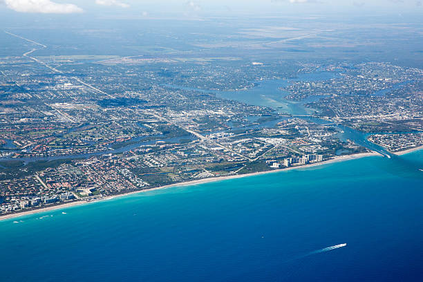 aerial view of west palm beach and the atlantic ocean - jodijacobson stock pictures, royalty-free photos & images