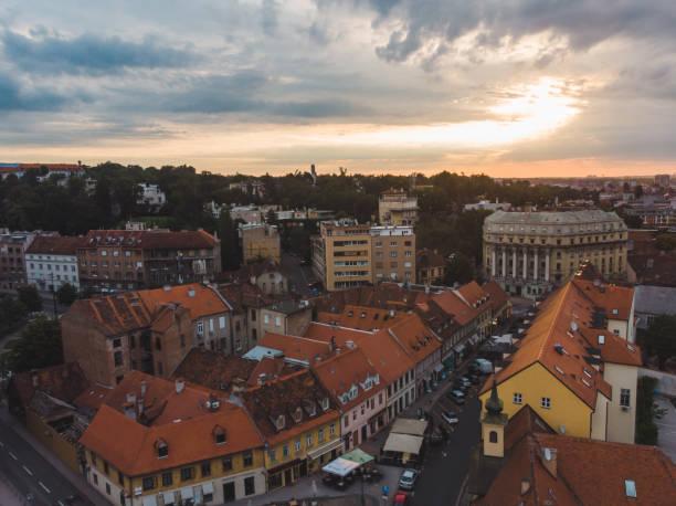 aerial view of zagreb old city - rome road central view foto e immagini stock