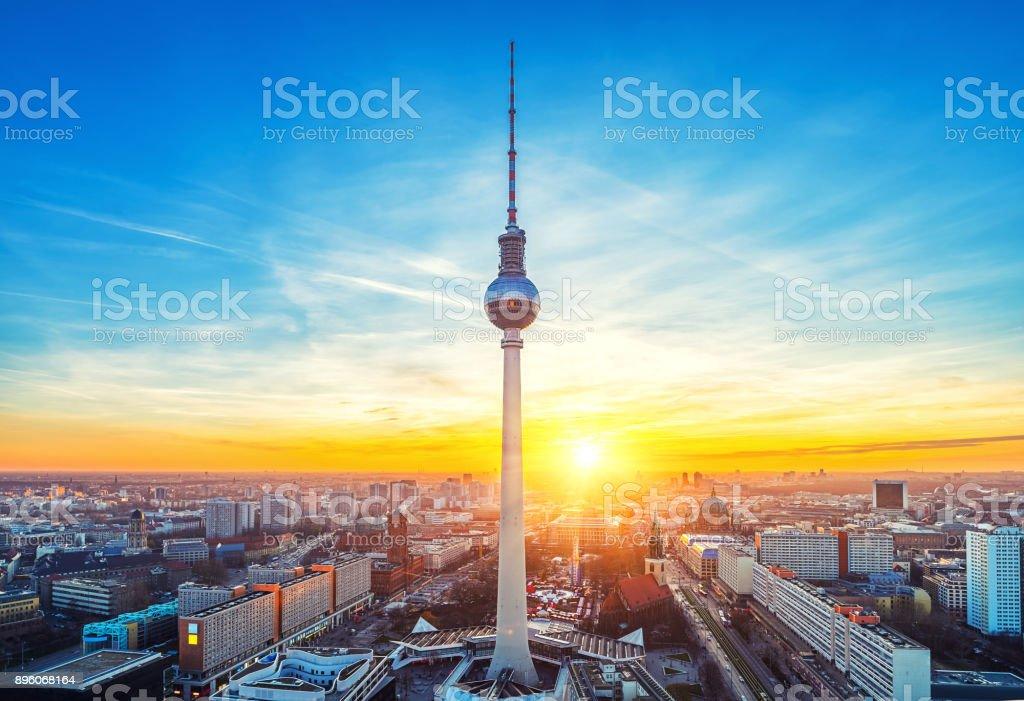 Vue aérienne sur l'Alexanderplatz à Berlin - Photo