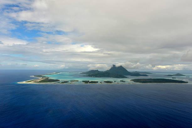 Widok z lotu ptaka na Bora-Bora – zdjęcie