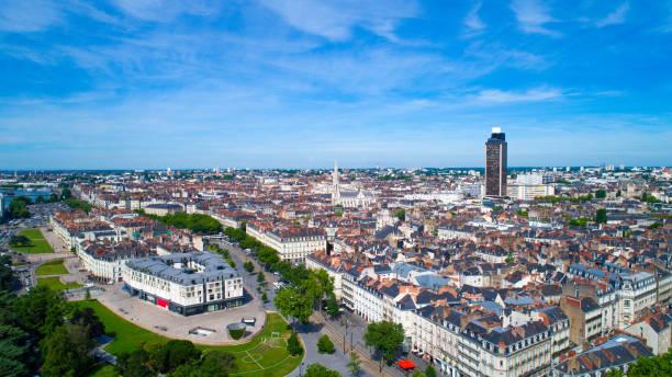 vue aérienne sur le quartier nantes feydeau - nantes photos et images de collection