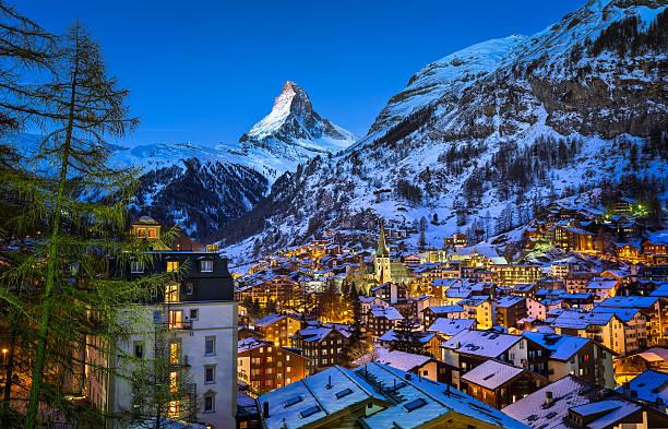 Aerial view on zermatt valley and matterhorn peak at dawn picture id539167007?b=1&k=6&m=539167007&s=612x612&w=0&h=bknqcf6gthfbv ctmjsurxadx8wjlofw zswaht qtq=