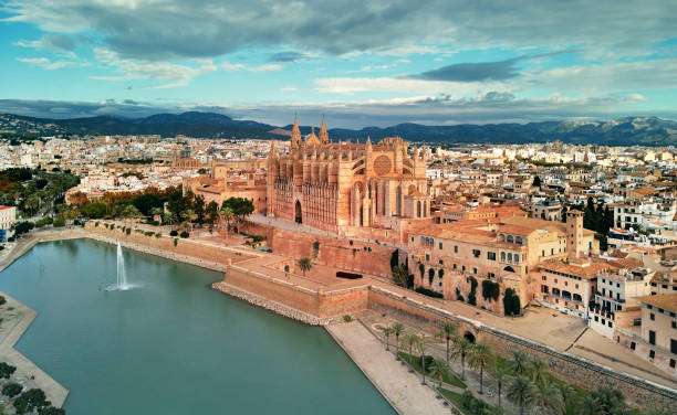 Luftbild Kathedrale von Palma De Mallorca und Stadtbild. Spanien – Foto