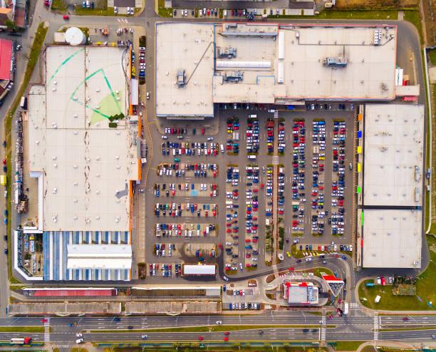 Luftaufnahme, industrielle Zone und Technologiepark Borska Pole der Stadt Pilsen in der Tschechischen Republik, Europa. Europäische Industrie von oben. – Foto