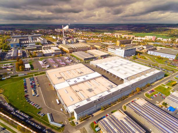 對工業開發區和科技園的鳥瞰圖。 - 工業建築物 個照片及圖片檔